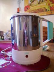 Edelstahl-Wasserkocher mit verdeckten Heizspiralen