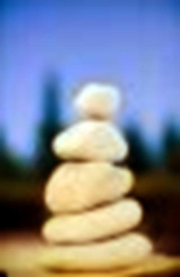 Energie- und Wellnessmassagen - Lautertal - Sich verwöhnen lassen mit einer Energiemassage. Wieder zu sich finden, Körper, Geist und Seele mit neuer Energie aufladen. Gönne dir eine Auszeit mit einer Massage in Verbindung mit Reiki. z.B. Rückenmassage - Lautertal