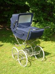 englischer kinderwagen aus den 70er jahren sehr gut erhalten in m nchen kaufen und verkaufen. Black Bedroom Furniture Sets. Home Design Ideas