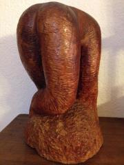 Erotische Skulptur gebückter weiblicher Akt