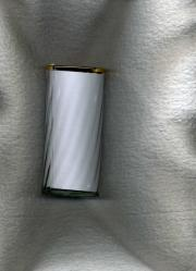 Glasvasen mit Goldrand