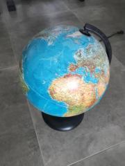 Globus Lampe Weltkugel.