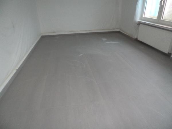 graue 100 100 cm fliesen in kelkheim fliesen. Black Bedroom Furniture Sets. Home Design Ideas