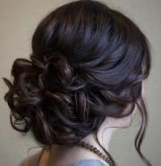 Haarmodelle für Hochsteckfrisuren (