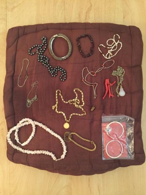 Halsketten Konvolut Modeschmuck Koralle Gold