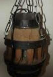 Handgefertigte, rustikale Lampe