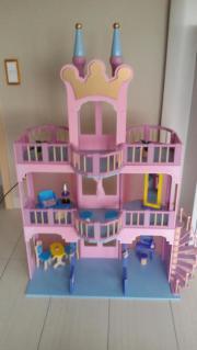 Holz-Puppenhaus