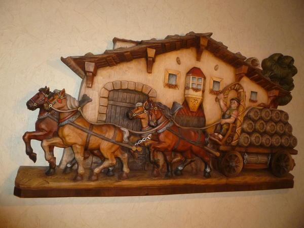 Holzschnitzerei Relief gigantisch schön