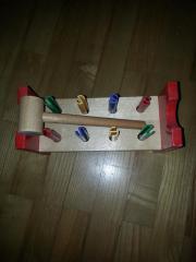 Holzspielzeug m Hammer