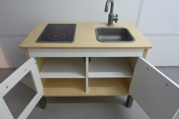 koch kleinanzeigen spielzeug. Black Bedroom Furniture Sets. Home Design Ideas