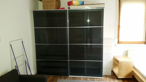 kleiderschrank ikea kleinanzeigen schr nke vitrinen. Black Bedroom Furniture Sets. Home Design Ideas