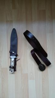 Jagdmesser mit Gürtel