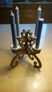 Kerzenständer aus Holz für 4