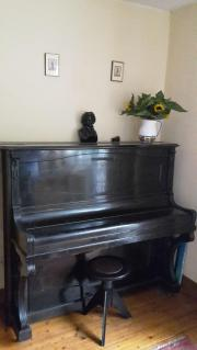 Klavier Marke Feurich