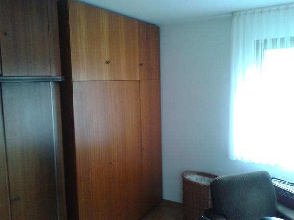kleiderschrank 6 turig gebraucht kaufen nur 4 st bis 60. Black Bedroom Furniture Sets. Home Design Ideas