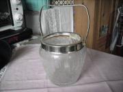 Kleiner Eisbehälter