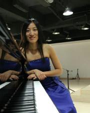 Künstlerischer Klavierunterricht in