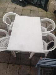 Kunststoff Gartentisch weiß mit 4