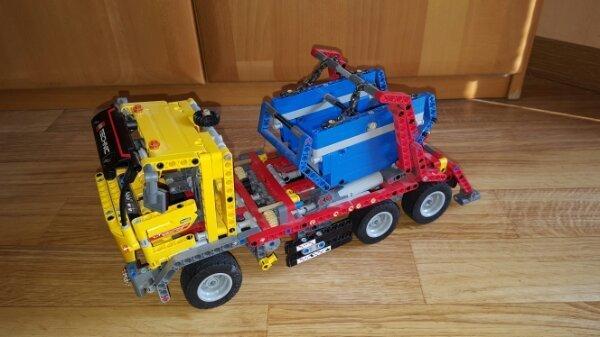Lego Technic 42024 » Spielzeug: Lego, Playmobil