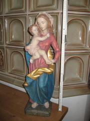 Marienstatue handgeschnitzt Madonnenfigur