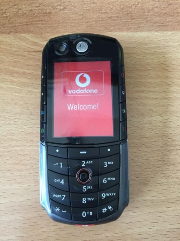 Motorola E 1000 UMTS komplett mit Beschreibung und Ladekabel, guter Zustand funktioniert - Starnberg - Motorola E 1000 UMTS komplett mit Beschreibung und Ladekabel, guter Zustand funktioniert - Starnberg