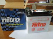Motorrad Batterie neu
