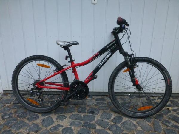 mountainbike specialized hotrock 24 in wiesbaden kinder. Black Bedroom Furniture Sets. Home Design Ideas