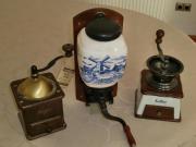 neue antike Kaffemühlen