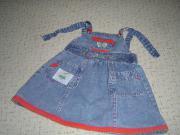 Niedliches Mädchen-Jeanskleid Gr 98