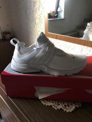Nike Gr 41