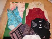 Gebraucht, Paket Damenkleidung Gr.44-46 Blusen Badeanzug Weste Pullover Shirts Tasche gebraucht kaufen  Lampertheim