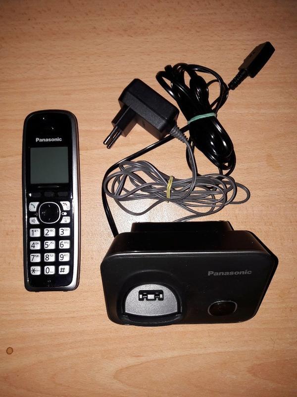 Panasonic KX-TG 6611 schnurlos war nicht kompatibel, fast neu! ! ! - Besigheim - Panasonic KX-TG 6611Produktbeschreibung war nicht kompatibel, fast neu!!! PANASONIC KX-TG 6611 GB Schnurloses TelefonProduktbeschreibung Klassisches Schnurlostelefon mit starker Ausstattung!Das KX-TG6611 ueberzeugt durch seine schlichte, anspr - Besigheim