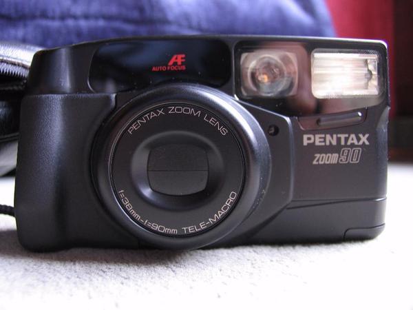 Pentax Zoom90 Kleinbildkamera technisch und
