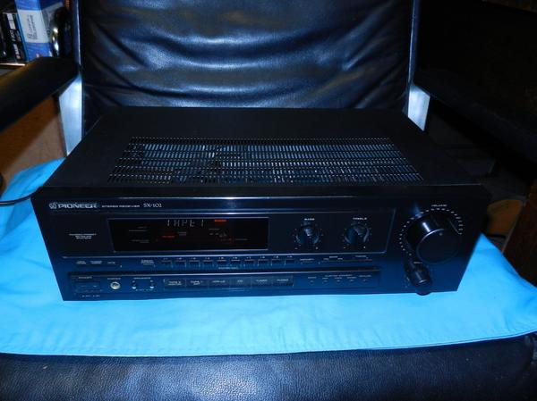 Pioneer SX-102 Stereo Receiver gute