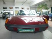 Porsche 1 8