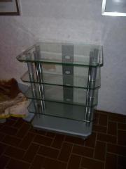 Rack aus Glas