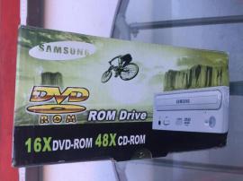 SAMSUNG DVD ROM Drive PC: Kleinanzeigen aus Zirndorf - Rubrik CD-/DVD-Laufwerke und -Brenner