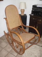Schaukel-Stuhl aus
