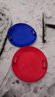 Schneeteller blau und rot zvk