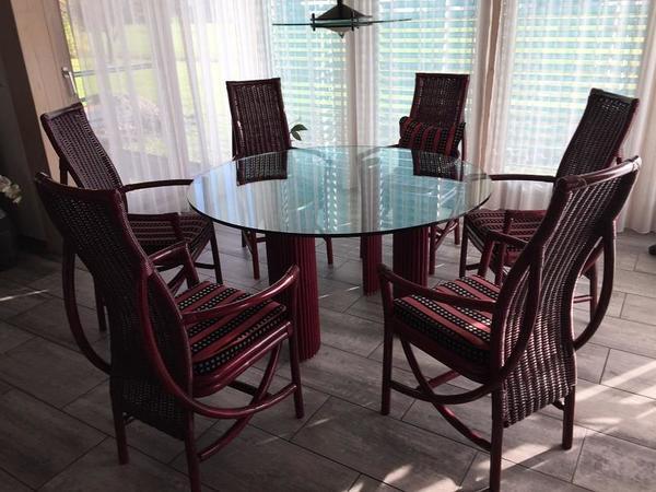 sch tz flechtatelier esszimmertisch und st hle in lustenau. Black Bedroom Furniture Sets. Home Design Ideas
