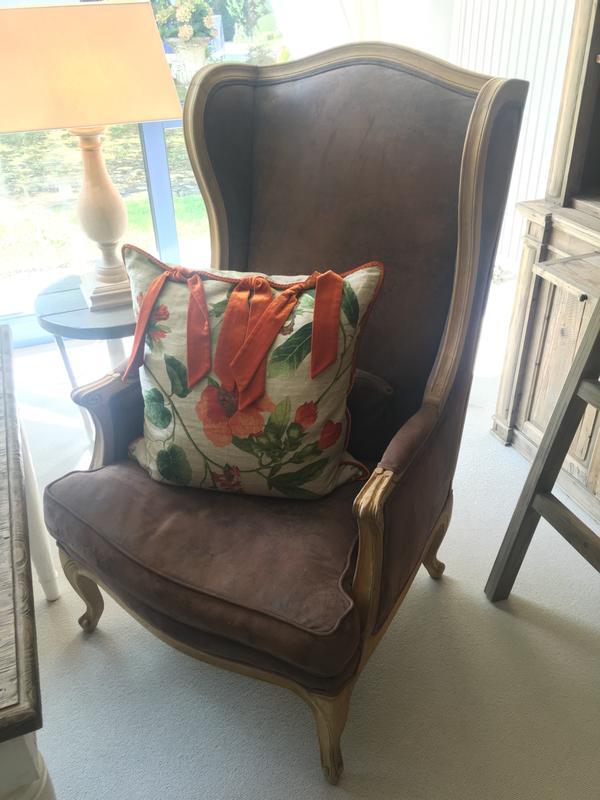 sessel landhausstil sessel einmaliger sitzkomfort in. Black Bedroom Furniture Sets. Home Design Ideas