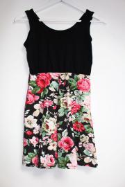 Sommerliches Kleid mit