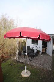 Sonnenschirm mit Fuss