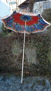 Sonnenschirm mit Schitmständer