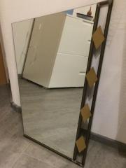 Spiegel mit Wandtisch
