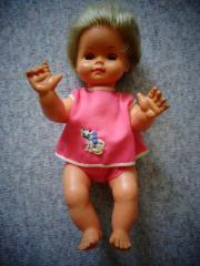 Spielzeug Puppe klein mit div