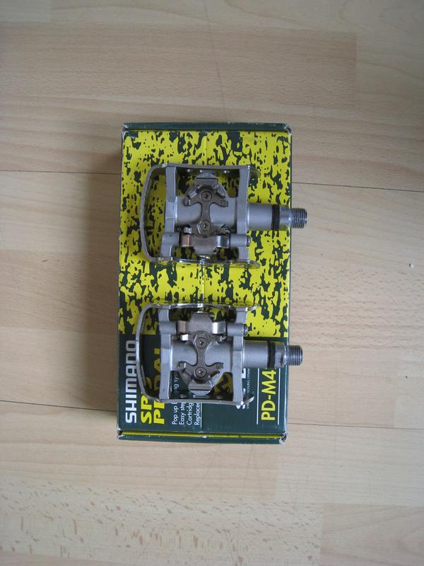 Sport Klick Pedale-Shimano PD-M324 Kombipedale -Nwtg! -und Pedale Shimano XLC (Neu) - Pforzheim - Sehr wenig benutzt!.-Sport Klick Pedale-Shimano FD-M324- Klickpedale System ( Kombipedal) 1 Jahr alt-aber sehr wenig benutzt,(absolut bis 90% wie Neu Zustand!)- somit hast du die Wahl entweder ohne Sicherung zu fahren mit voller Reaktionsfähi - Pforzheim