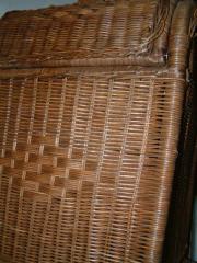 Stauraum aus geflochtenen Weidenzweigen