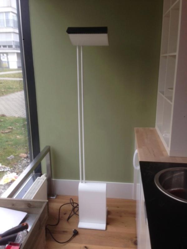 stehlampe f r b ro praxis oder ausstellung in hohenems gastronomie ladeneinrichtung kaufen. Black Bedroom Furniture Sets. Home Design Ideas