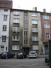 SUCHE Mehrfamilienhaus (privat)